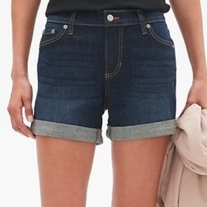 "Banana Republic 4"" Denim Roll Cuff Jean Shorts 4"